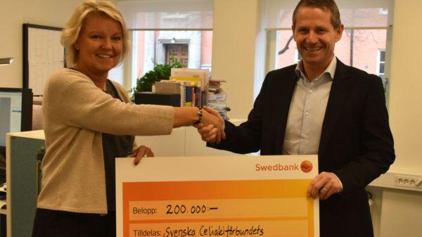 Stor gåva från Fria Bröd till forskningsfonden